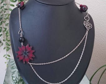 double necklace chain to carmine red flower and its assorted clay polymer pearls. Heart pendant.