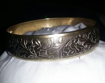 Brass etched vintage bangle
