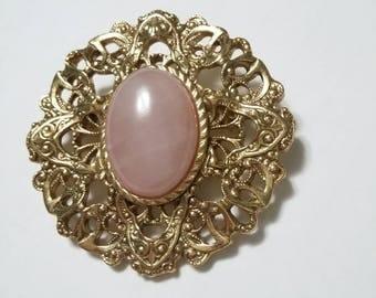 Vintage Rose Quartz semi precious gemstone in goldtone filigree brooch