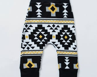 Tribal Leggings, Baby Boho Clothes, Grow With Me, Baby Trendy Clothes, Baby Harems, Baby Joggers, Cake Smash Outfits, Maxaloones, Baby Gifts