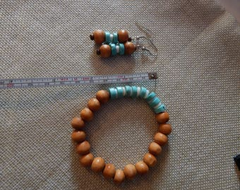 Turquoise  and Wooden bead bracelet and earring set