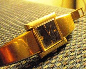 Seiko gold plated Ladies wind up working vintage watch