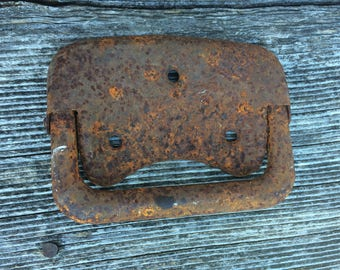 Rusted metal piece