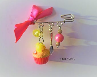 Yummy brooch silver cupcake yellow neon pink