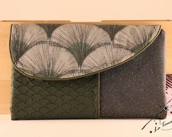 The full range green wallet