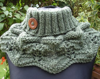 Knitted Neck Warmer, Knitted Neck Cowl, Ladies Green Neck Warmer, Ladies Neck Cowl, Green Neck Warmer, Chunky Neck Warmer, Chunky Neck Scarf