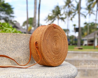 Basket Bag, Round Bag, Straw Bag, Rattan Basket Bag, Woven Bag, Picnic Basket, Round Basket Bag, Market Basket, Shoulder Bag, Woven Basket