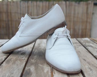 Vintage Bally France Chaussures Homme 90s Derbies blanc cuir taille 40 FR/7 US/ 6,5 UK tout cuir Vintage Bally shoes man White leather shoes