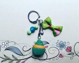 Green Cupcake - polymer clay keychain