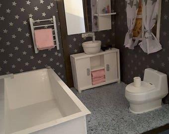 1/6 scale barbie doll size beautiful bathroom..bath cabinet,towels,toilet ...etc..full set!!!