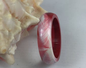 Beautiful resin ring in red and mother of Pearl