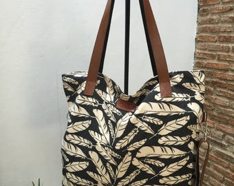 Canvas beach bag/ Messenger cross body bag/ Tote shopping bag / Gift for her/ Black and white color