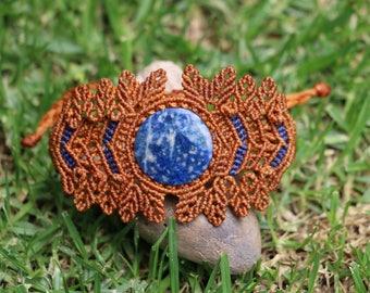 Bracelet in macrame with Lapislázulli Stone