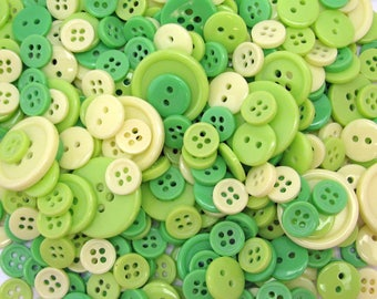 152 buttons - mixed assorted colours - green - dark green - light green - 4 different sizes