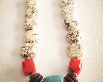 Chunky necklace/ Bold necklace/Statement Necklace
