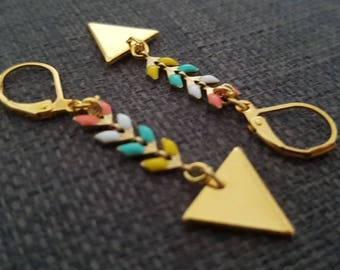 Earrings triangles gold and chain multicolor spike with clasp