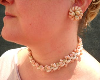 1950 Earrings and necklace shell set  - Original and in perfect condition