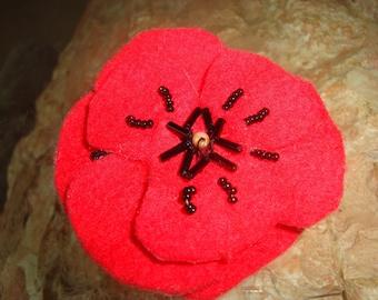 felt poppy brooch