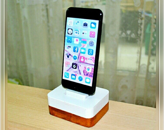 iphone charging station docking station stand, IDOQQ Uno White Wood Station, iphone 5, 6, 7, 8