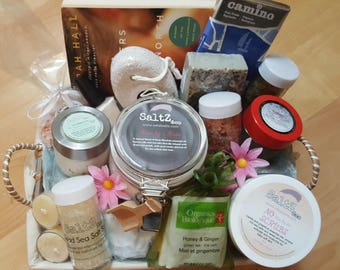 Girls Just Wanna Night In Self-Care Gift Basket / pampering spa kit / spa treatments / gifts for her / Valentine's present / ladies night