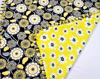 Sunflower and Daisy Fleece Blanket