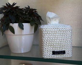 elegant white crochet sleeve cover for cube tissuesbox/gift for mama/gift for bride/gift for wedding/cover box/cotton/zen