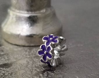 Purple Daisy Charm *so quaint*