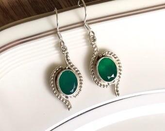 Vintage emerald earrings, gemstone earrings, sterling silver earrings, vintage earrings, sterling silver jewellery, gift for her, silver gem