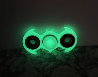 Batman fidget spinner | hand spinner | marvel | glow in the dark finger fidget | batman spinner | fidget toy | fidget cube | edc spinner