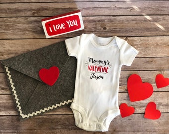 Valentines Body suit Mommy's valentine Body suit