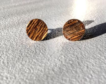 Simply walnut | Round stud earrings