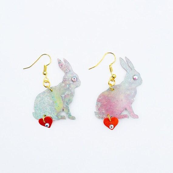 Follow the white rabbit earrings - My little bunny drops earrings - Trending jewelry - Rockabilly Jewelry - Novelty animal heart earrings