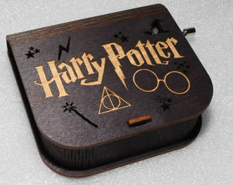 "Harry Potter Music Box - Engraved Wooden Music Box - ""Harry's Wondrous World"" - Glasses Deathly Hallows Wand Magic Hat - Hand Crank Movement"