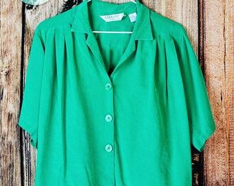Womens sz 6 Vintage Silk Blouse 70s Fenn, Wright, & Manson Workshop 100% Silk Top, Kelly Green Flowy Shirt from 1970s, Vtg Womens Blouse