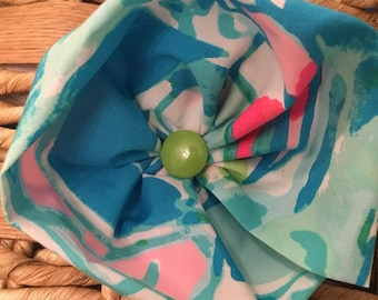 """Lilly Pulitzer """"Beach and Bae"""" Dog Flower"""