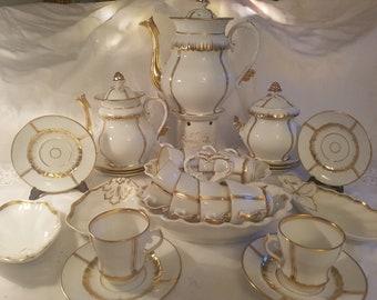 Porcelaine de Paris - Vieux Paris Set / Gold 10 persons Hand Painted 24kt