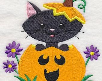 Purr-fect Pumpkin Cat, Embroidered Halloween Tea Towel, Cute Halloween Decoration, Halloween Dish Towel, Cat Dish Towel, Pumpkin Decoration