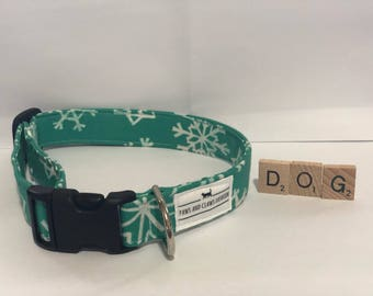 Dog/ Puppy collar with winter snowflakes - snow - green - extra small, small, medium, large, extra large - FREE SHIPPING