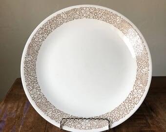 VINTAGE Corelle Woodland Brown 10.5 inch Dinner Plate / Woodland Pyrex / Vintage Dishes / Cabin Dishes / Woodland Brown Pyrex