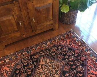 Lindley - Hand Knotted Vintage Rug 3.5' x 5'