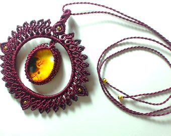 Macrame glass cabochon pendant necklace