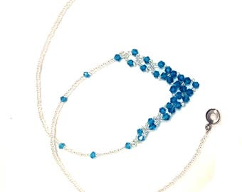 17 inches cristal necklace with transparent beads and blue beads easy wear