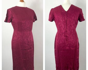 Very pretty vintage red evening dress. Approx UK size 12