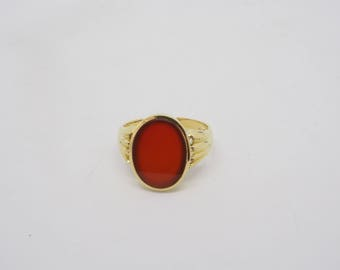 Beautiful unisex ring with a carnelian 14 k