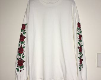 Danielle Guizio Smell The Roses Long Sleeve White Preloved Shirt Size XL