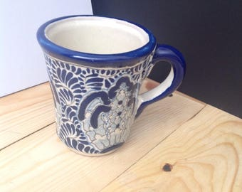 Mug with floral motive - Free shipping anywhere