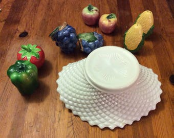 Vintage Westmoreland English Hobnob Fruit Bowl