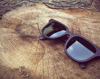 Handcrafted wooden eyewear, handmade wooden sunglasses, CRAFT Dicey - 100UV protection, spring hinges, microfiber cloth