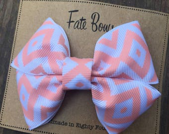 Pink and white design hair bow