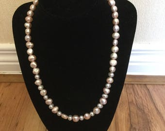 Pink & silver pearl necklace